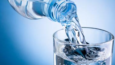 4 titok az ásványvízről, jó ha tudjuk ezeket