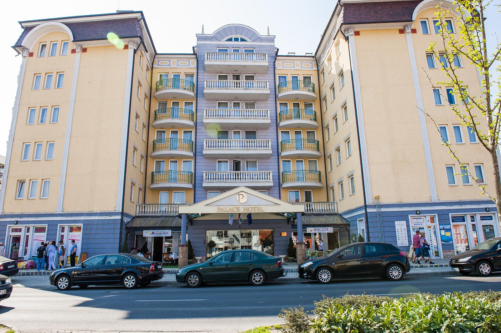 hotel_palace_epulet_04_m.jpg