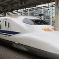 A Shinkansen nyitott ajtaja