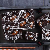 Pókhálós-szörnyecskés brownie halloweenra