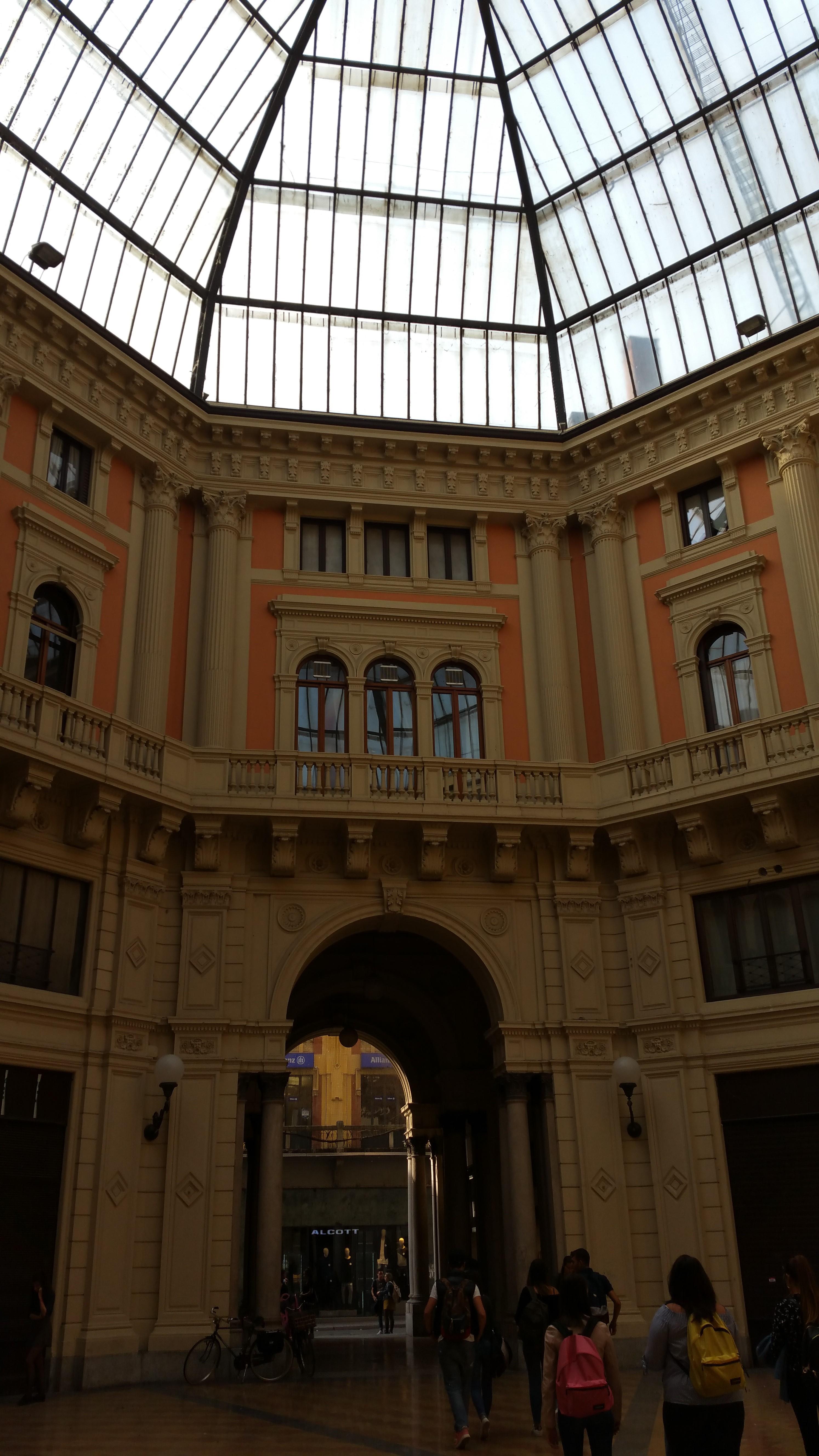 Piazza del Lino - egyetemi épület belső része