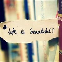 Élet, vagy valami hasonló