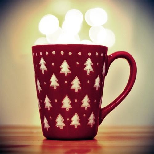 55372-Red-Christmas-Tree-Mug.jpg