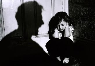 gyermekbántalmazás.jpg