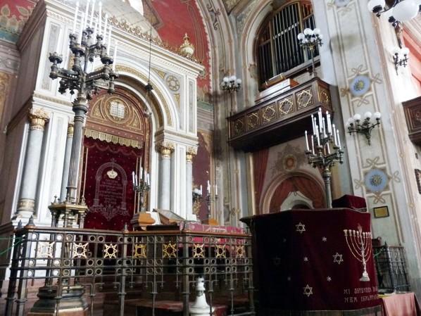 a_pecsi_zsinagoga_orgonaja.jpg