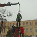 BARKÁCS: Felállították véletlenül a Toller-szobrot
