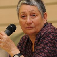 2011 szeptember. Ljudmila Ulickaja (RUS): Ulickaja keze benne van