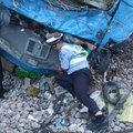 Hős rendőr órákon át tartott egy sérültet a hátával, hogy enyhítsen a fájdalmán