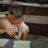 Kína százmillió hátrahagyott gyermeke
