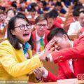 A kínai úszónő grimaszaival nem lehet betelni