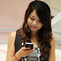 Kína elérte az 1.1 milliárd mobilfelhasználót, a bevételek és az okostelefonok száma is az egekben