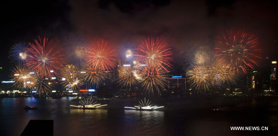 Hongkongi-tűzijáték-2.jpg