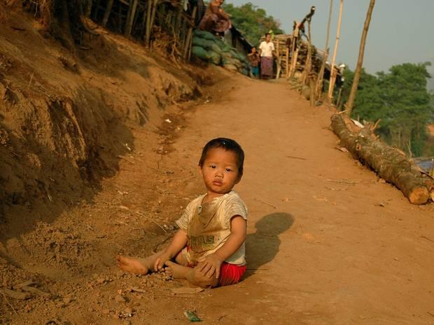 kína-hátrahagyott-gyerekek-2.jpg