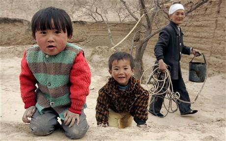 kína-hátrahagyott-gyerekek-3.jpg