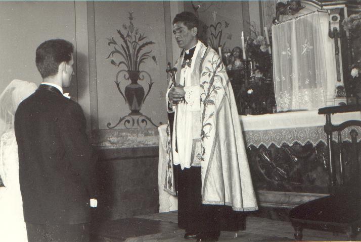 a_templom_belseje_1967-ben.JPG