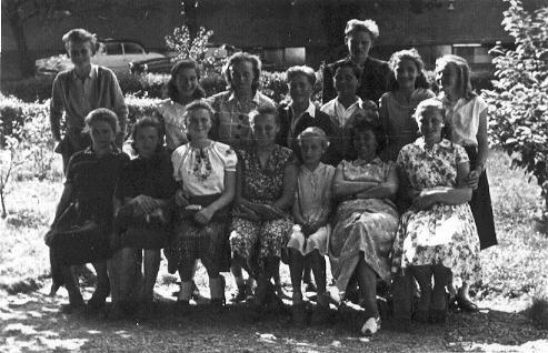 ballagasi_osztalykep_1958-bol.JPG