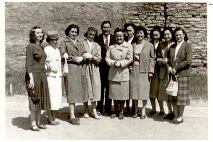 csoportkep_1960-as_evek.jpg