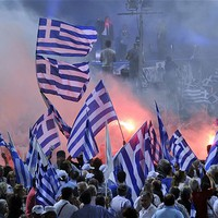 Mi lesz azzal, akit nyaralás közben ér a görög csőd?