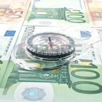 Mindenki dilemmája: forint, vagy euró?