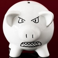 Sokba került a banknak, hogy nem nézte hülyének az ügyfeleit