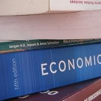 Ki kell-e dobni a régi közgáz-könyveket?