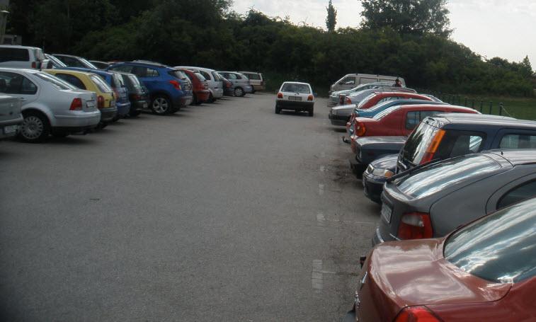 A parkoló teli