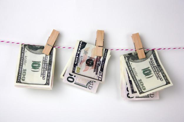 dollar-bills-with-clothespins-hang-rope_88775-894_1.jpg
