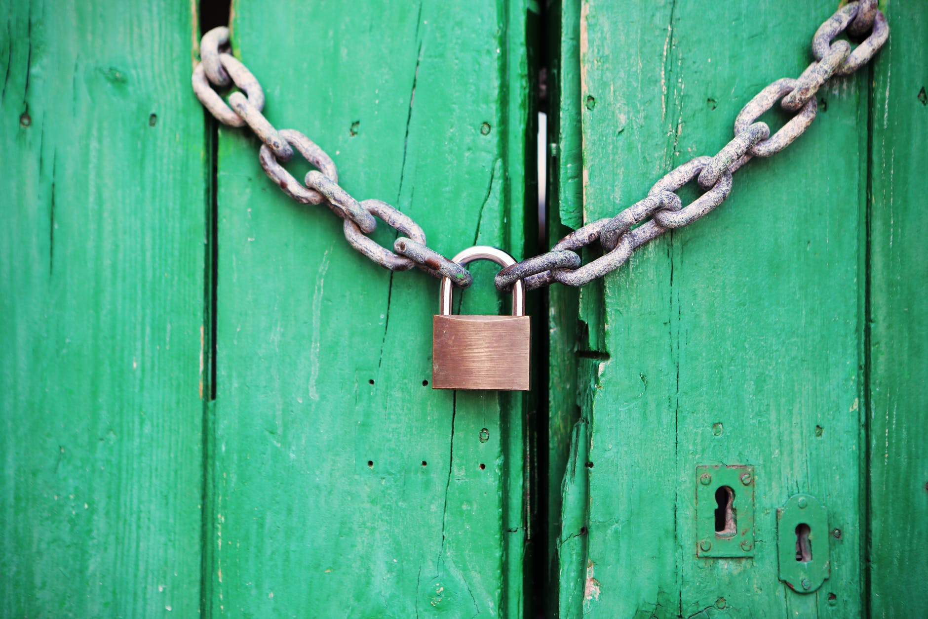 door-green-closed-lock.jpg
