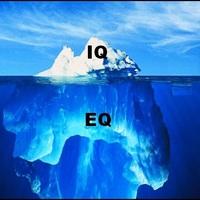 Az IQ, az EQ és a műveltség alapján ki számít