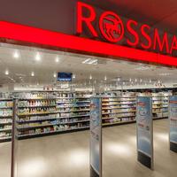 A legnagyobb Rossmann drogéria nyílik Budapesten a Flórián téren.