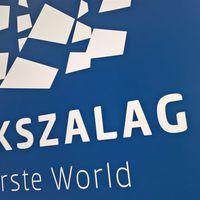 KÉKSZALAG Erste World 2016 07 14