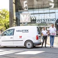 500-500 csomaggal segíti a Westend az Országos Mentőszolgálatot és a BKK-t