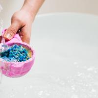 Megérkezett a Lush legújabb exkluzív fürdőbombája
