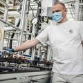 Újraindította a termelést csehországi gyáraiban a ŠKODA AUTO
