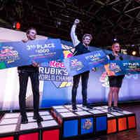 Dobogóig pörgette kockáját a magyar Rubikos
