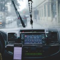 Nyolc dolog, amit ellenőrizzünk a biztonságos téli vezetésért