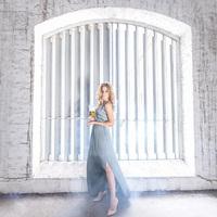 Mádai Vivi lenyűgöző fotókon mutatja meg a sörözés nőies oldalát