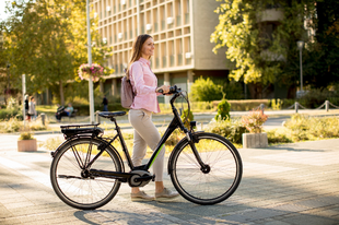 Elektromos kerékpár – hozzáférhetőbb, mint gondolnánk