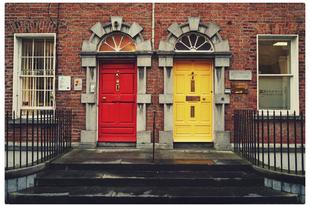 Gyakori szomszédtípusok – új megoldás terjed itthon a haragosok megbékítésére