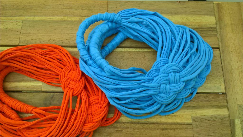 A PandArte jóvoltából ilyen csodálatos nyakbavalókat készíthettünk :)