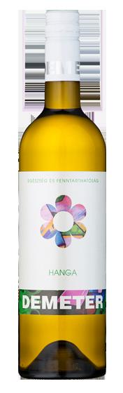Demeter Borászat Hanga bora, mely: 70% Hárslevelű és 30% Olaszrizling szőlőből készült. Üde, florális jegyekkel díszített, könnyed bor a mindennapokra. Színe zöldes, kevés szalmasárga beütéssel. Savaijól jellemzik a termőhelyet. Könnyed, üdítő kompozíció, melynekillata citrus, birs, és vízi liliom. Ízében, őszibarack, ananász és az avégtelen frissesség és kimeríthetetlen energia érzését keltő kellemes íz, amikitart a szánkban egész nap.<br />Étel párosítás: paprika hangsúlyos lecsó ételek kiválókísérője lehet.