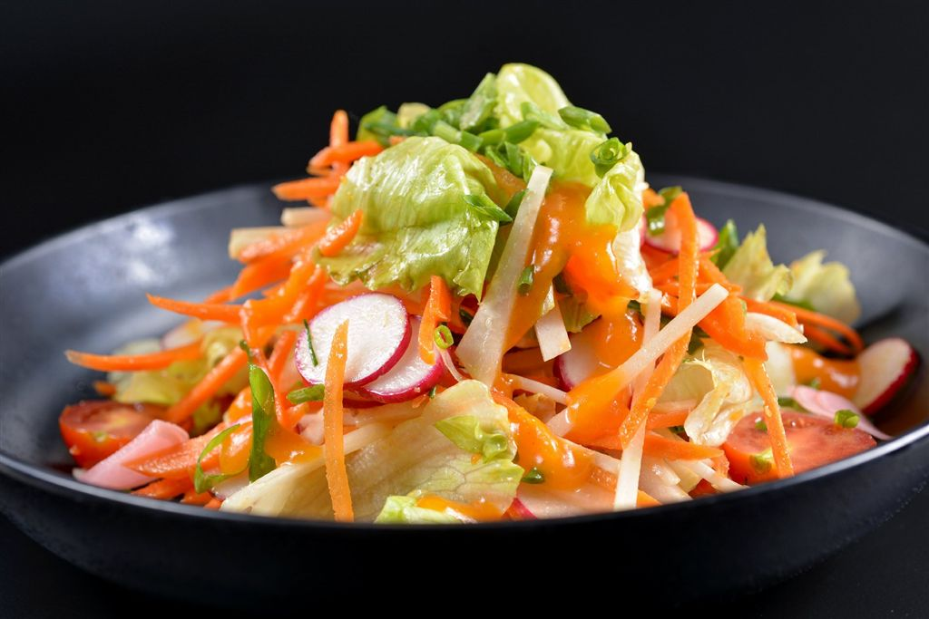 Az étteremlánc a hagyományokat kombinálja a kortárs japán trendekkel:  a Japanikánál az autentikus távol-keleti ételek modern értelmezésű ízkölteményekként születnek újjá.