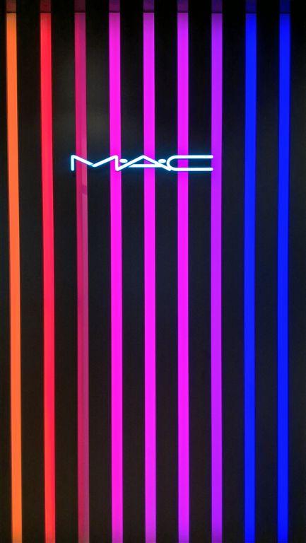 Az Árkád bevásárlóközpontban 'store in store' alapon MAC üzlet megnyílt.<br />Látogassatok el, csodálatos a választék!<br />www.mac.com