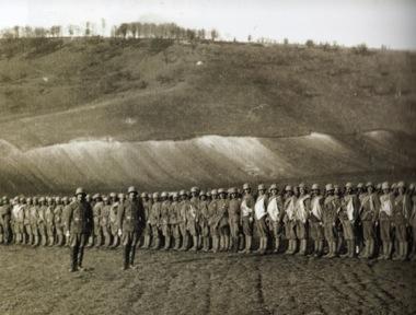 Sorakozó török katonák (Tunca Örses, turkeyswar.com)