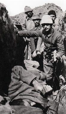 Életkép a lövészárokból I. (Tunca Örses, turkeyswar.com)