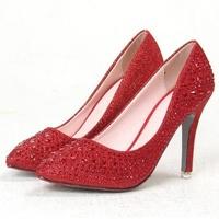 Pourquoi pas choisir une paire de chaussures rouges pour votre mariage