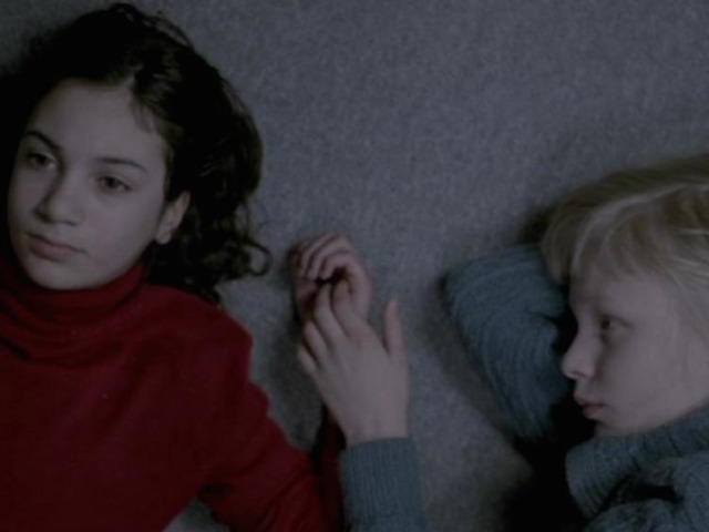 Engedj be! / Lat den rätte komma in / Let the Right One in (2008)