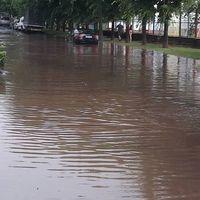 Monszunesők, hajózható utcák, elöntött pincék - no de mit lehet tenni?