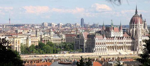 Budapesti_latkep_Kossuth_terkicsi.jpg