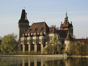300px-Castle_of_Vajdahunyad.jpg